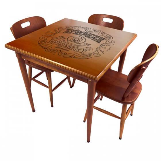 Conjunto Mesa de Jantar 3 lugares de madeira Stronger Whiskey imbuia 80x80cm - Tambo