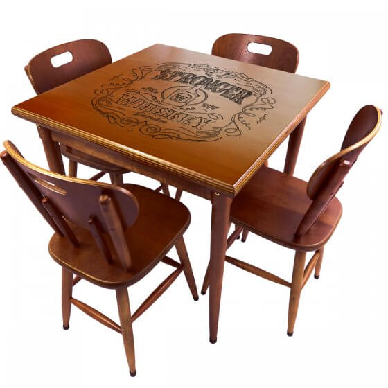 Conjunto Mesa de Jantar 4 lugares de madeira Stronger Whiskey imbuia 80x80cm - Tambo