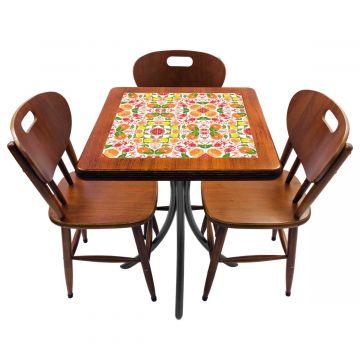 Mesa de canto para quarto com 3 cadeiras de madeira Frutas - Empório Tambo