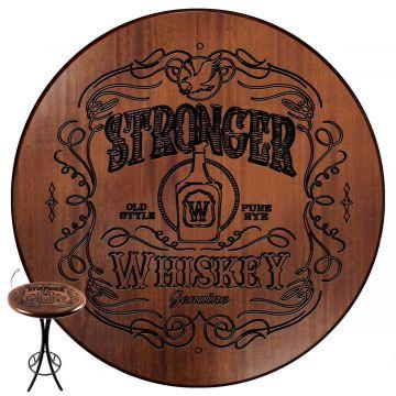 Mesa de barzinho madeira alta redonda com 2 banquetas Stronger Whiskey - Empório Tambo