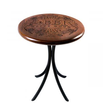 Mesa de canto redonda retro em madeira para sala Beer Happy Hour - Empório Tambo