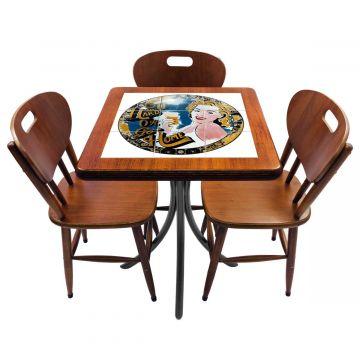 Mesa de canto para quarto com 3 cadeiras de madeira Go hard or Go Home - Empório Tambo