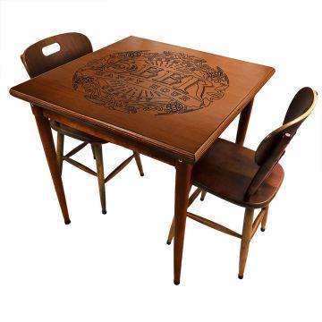 mesa quadrada para cozinha pequena de apartamento com 2 cadeiras Beer Happy Hour - Empório Tambo