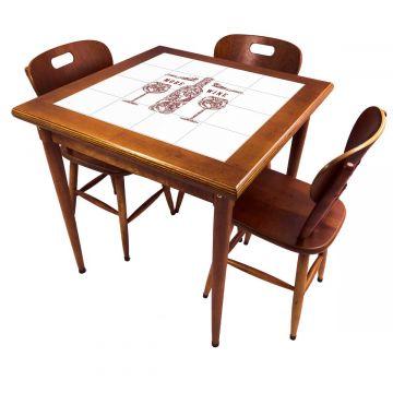 Mesa pequena de jantar com 3 cadeiras para apartamento More Wine - Empório Tambo