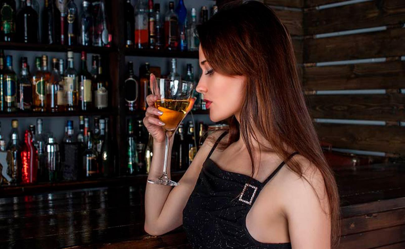 Home Bar: Lista de bebidas que não podem faltar no seu bar em casa