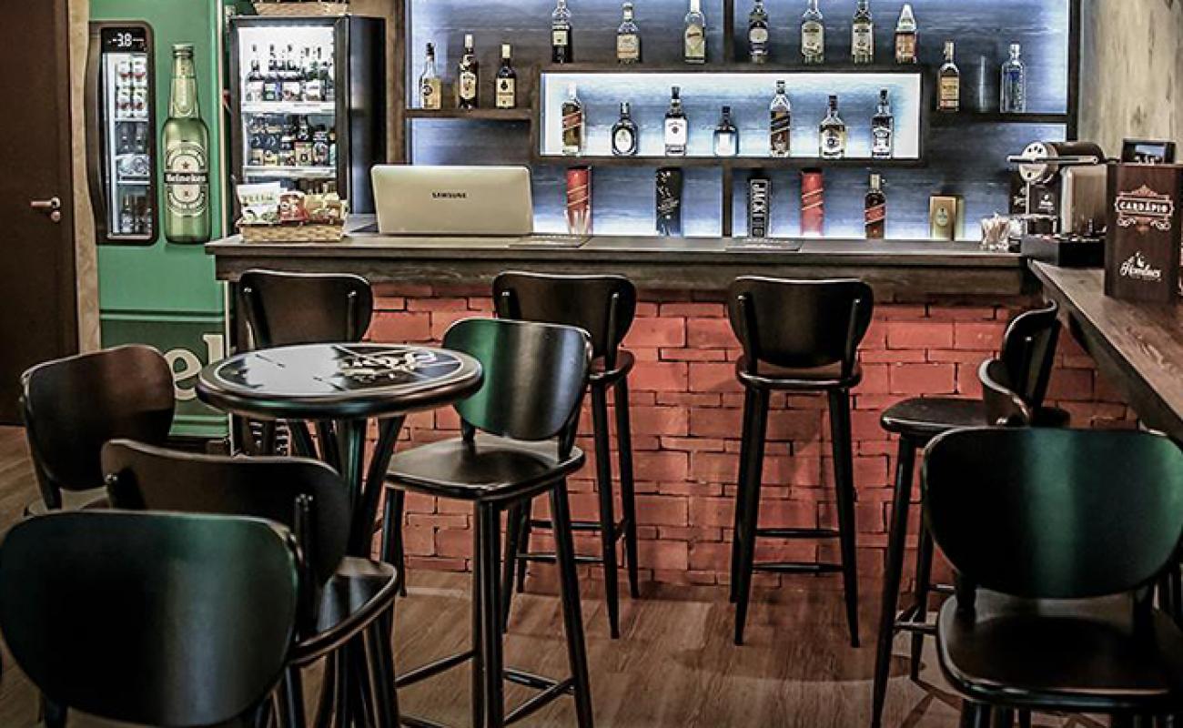 Decoração de bar simples e barato: Inspire-se