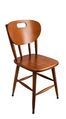 Cadeira de madeira Torneada