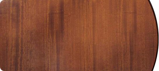 Detalhe mesas de madeira