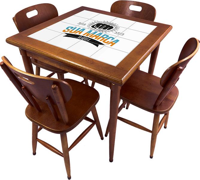 Mesa-com-4-cadeiras-personalizada