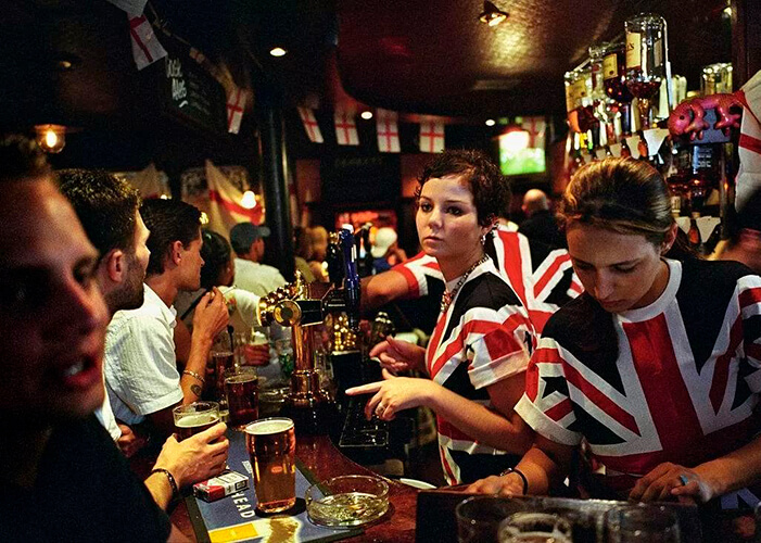 Pub londrino com ar mais jovial, mais moderno