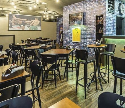 Mesas para bar e pubs: Qual a ideal para você?