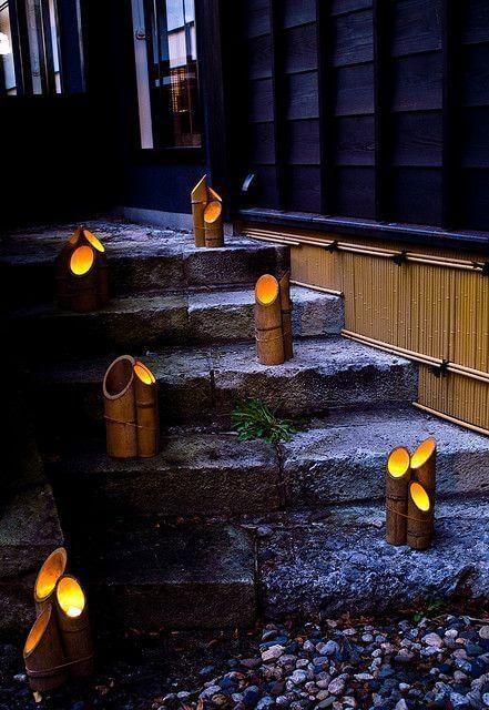 Luminárias de chão em formato de bambu