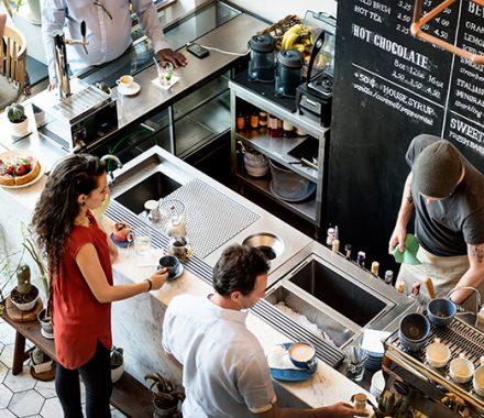 8 estratégias de atendimento incríveis para atrair clientes